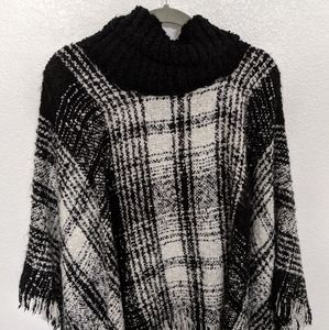 Express Black and White Poncho